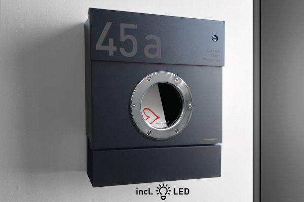 Letterman 2 Schwarz (RAL 9005) mit Klingelschalter inkl. LED Licht